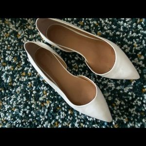 Marc Jacobs white flats